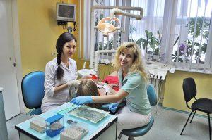 effectuer-implant-dentaire-tunisie